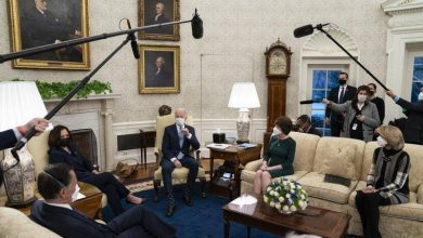 Photo of Biden Meets with Democrats After GOP Counteroffers COVID Relief Plan